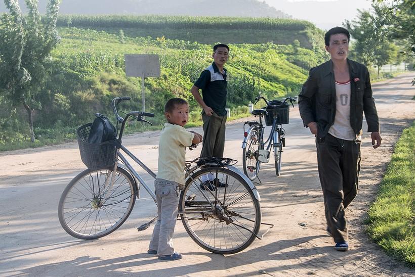 Новые снимки, демонстрирующие жизнь простых граждан Северной Кореи
