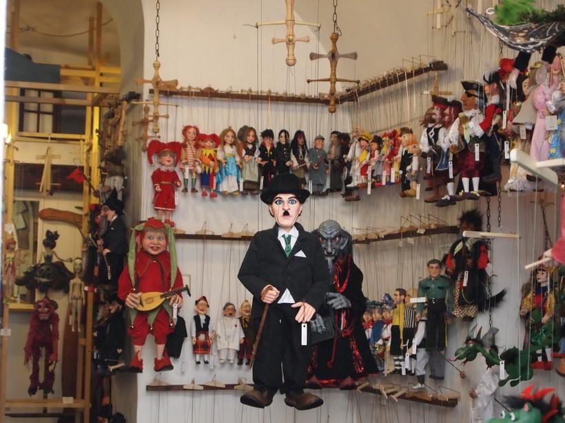 prague-puppet-shop.jpg?1486440493