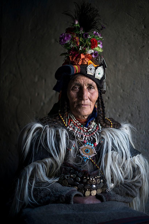 20 колоритных фото представителей самых необычных племен и народов мира