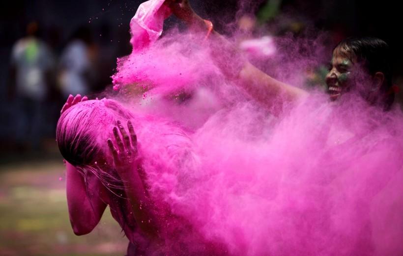 20 наполненных жизнью фото праздника Холи, на которые не насмотреться