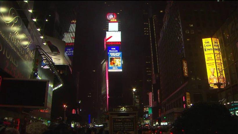 """Час Земли"" на Таймс-сквер"