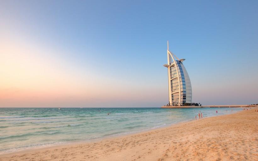 Роскошный пляж в Дубае, ОАЭ