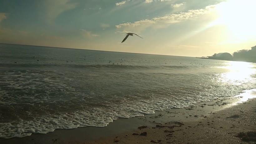 Пустое побережье Евпатории в декабре