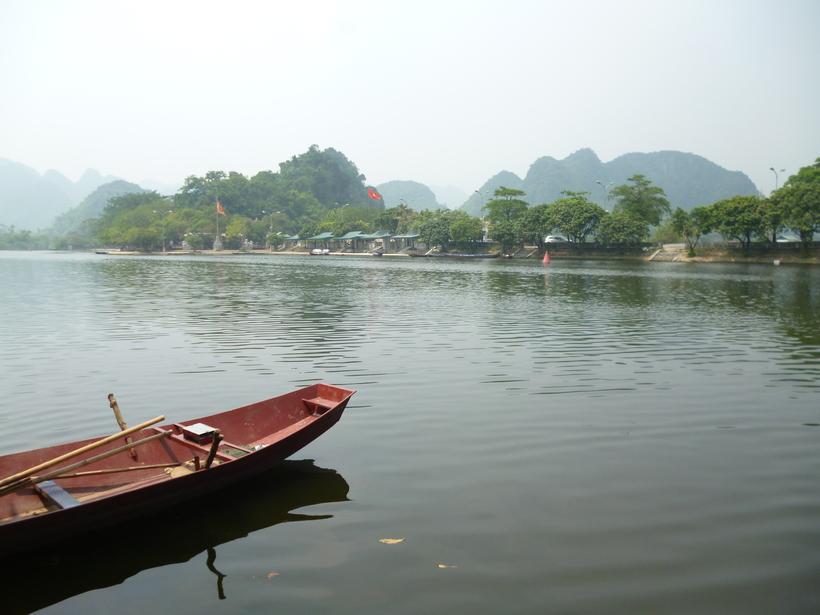 Ханой: «Озеро зелёной воды»