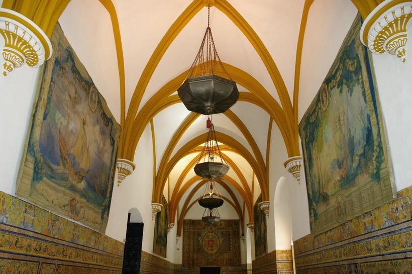 В феврале в Испании в музеях очень мало людей