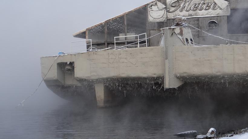 Енисей в черте города не замерзает полностью