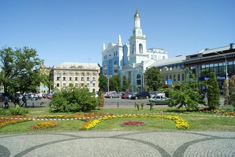 Киев, на улицах города