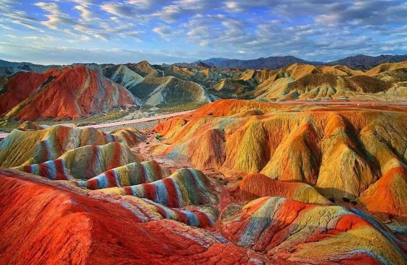 Цветные скалы, Китай