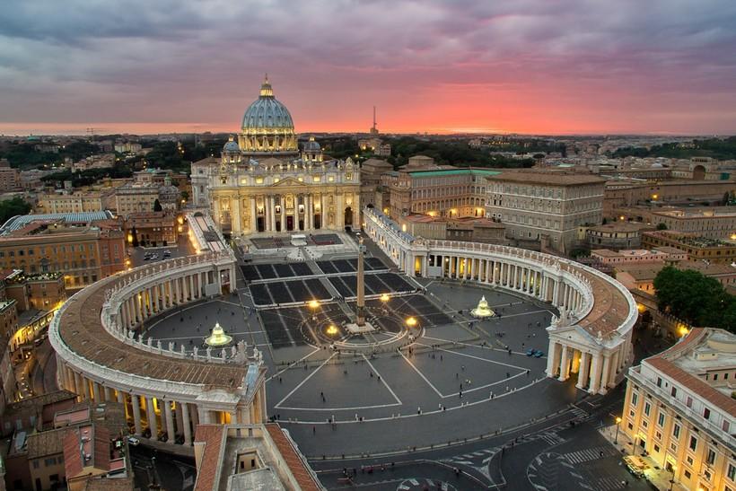 Ватикан - самое маленькое государство