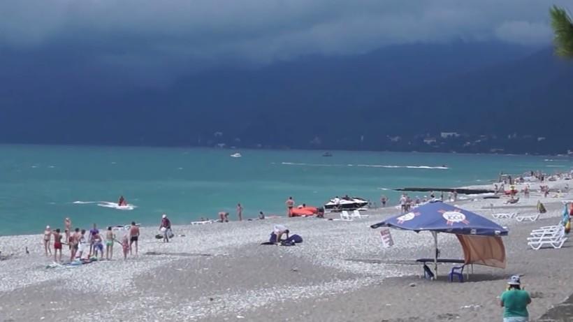 Абхазия начинается шторм