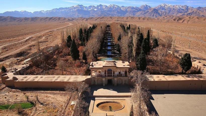 Гениальные сооружения древних: персидские кяризы как способ процветания в пустыне