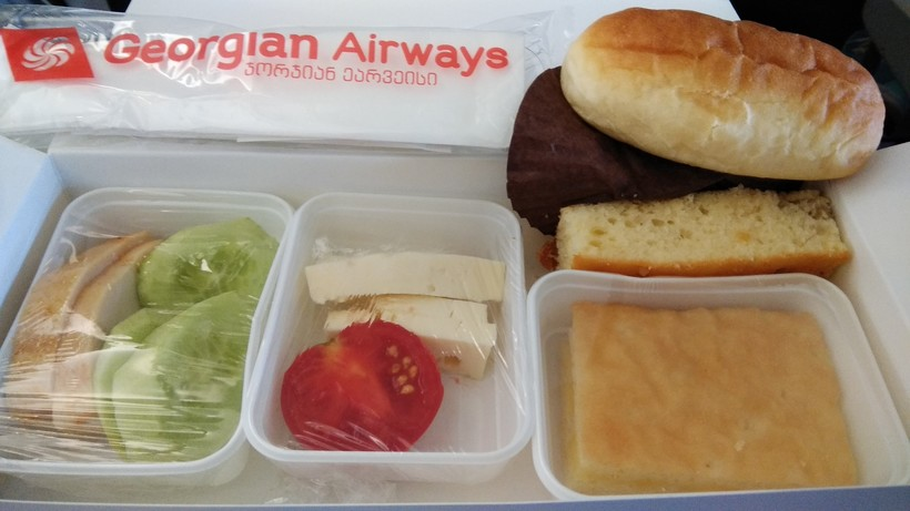 питание на борту Georgian Airways