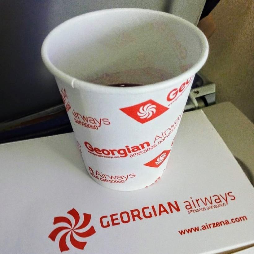 напитки на борту Грузинских авиалиний