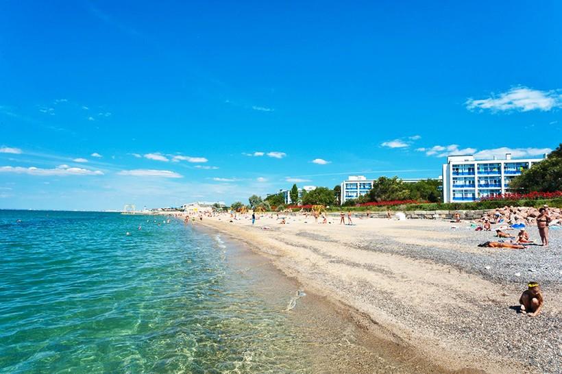 Пляжный отдых в июне проходит вот так!