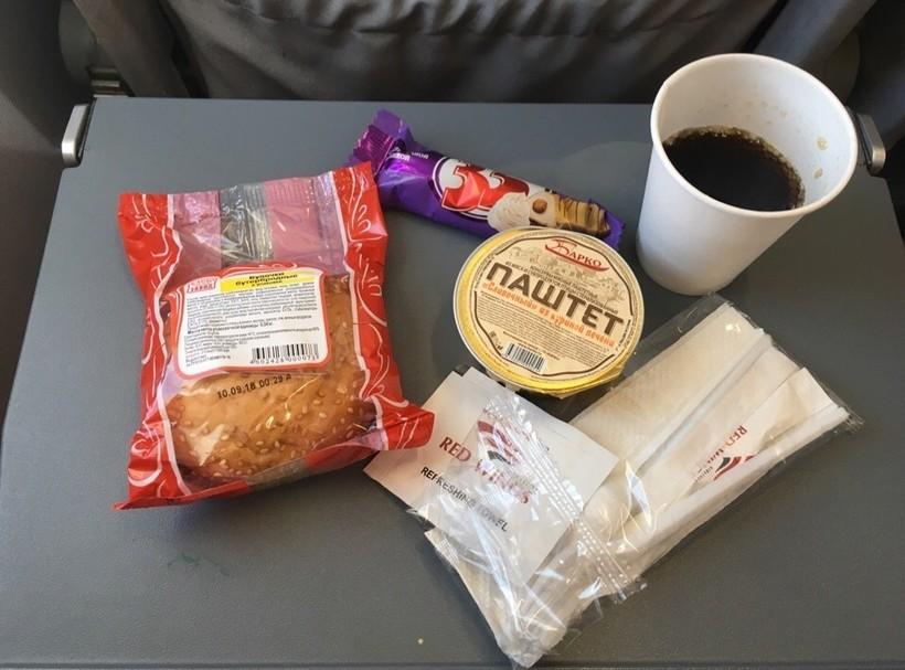 питание на борту самолёта RedWings