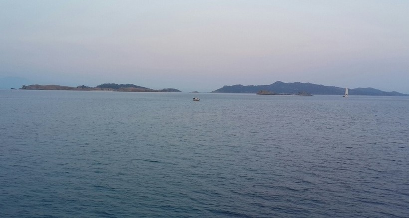 Вид на полуостров Афон с моря