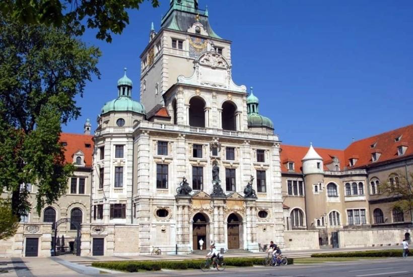 Мюнхен: по дороге в баварский национальный музей