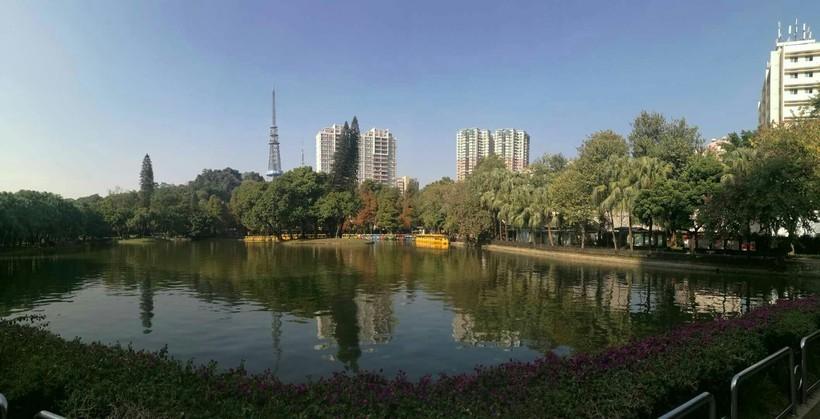 Октябрь в парке Yuexiu, Гуанчжоу