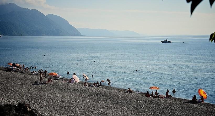 Море Абхазии в сентябре