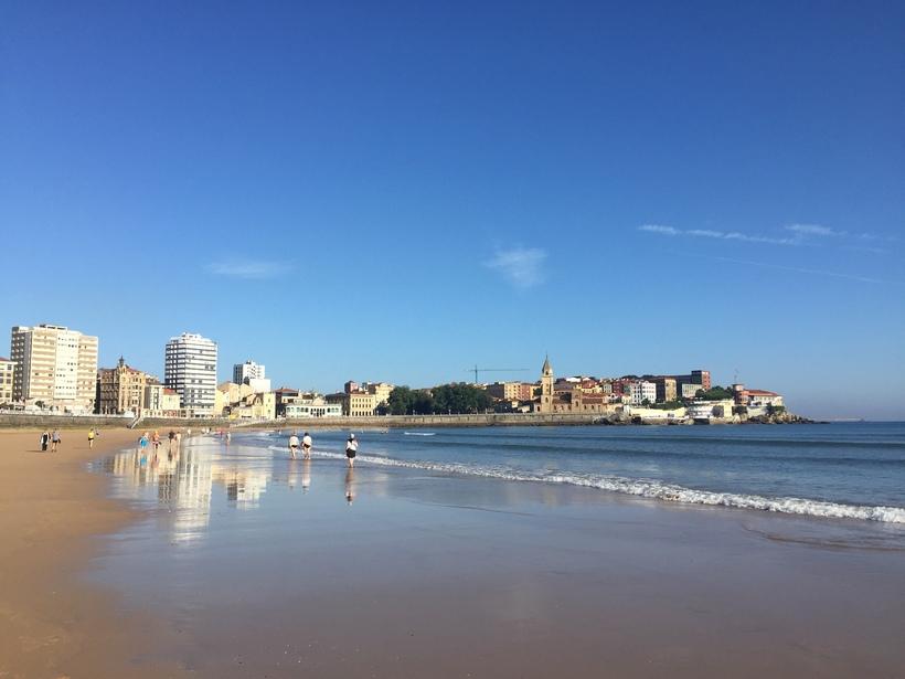 Пляж Хихона