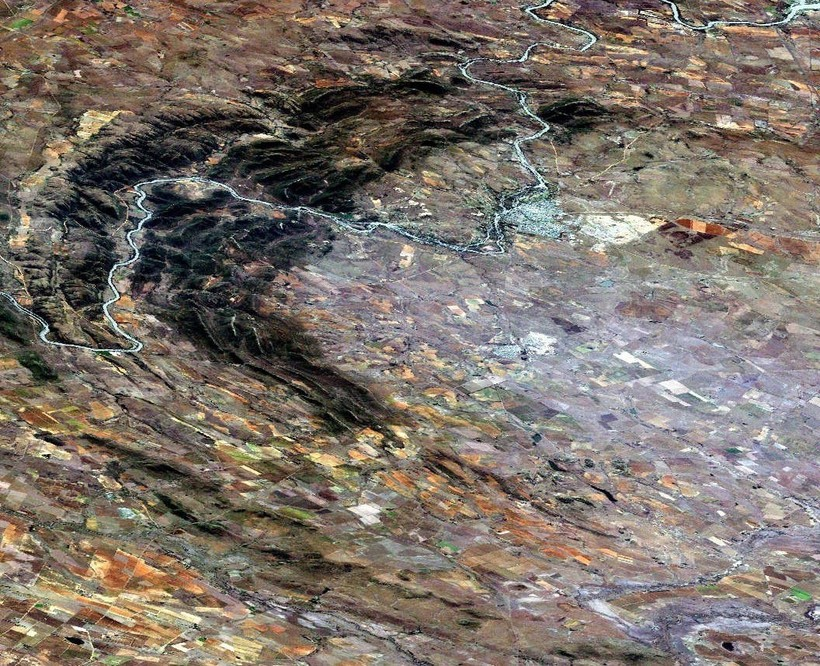 Кратер Вредефорт: огромный след от удара астероида диаметром 300 километров