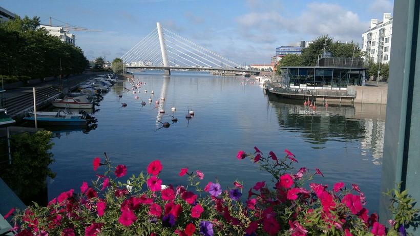 Вид на Crusell Bridge, Хельсинки