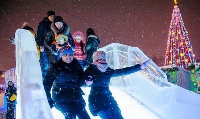 Низкие горки — для самых пугливых. Новогодняя Астана.