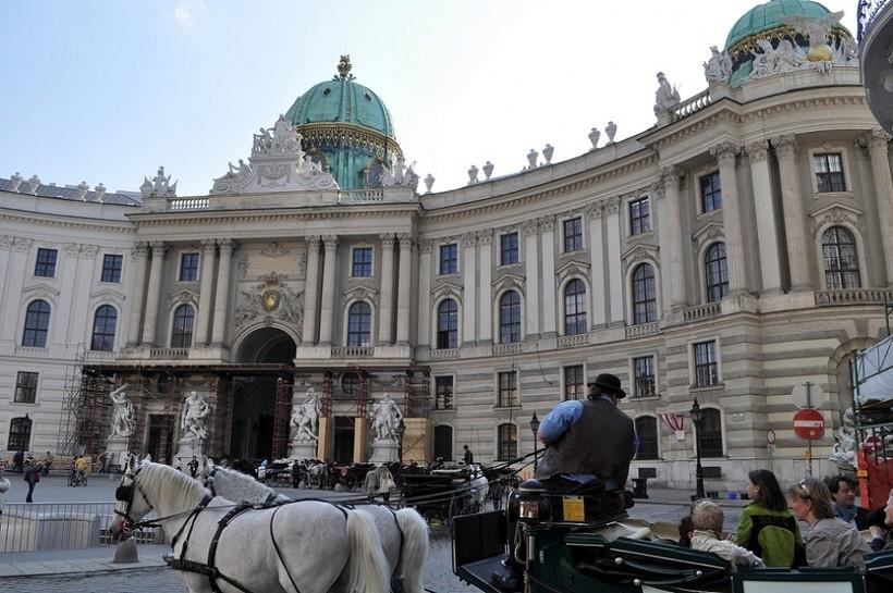 Прогулка по Вене в вечернее время