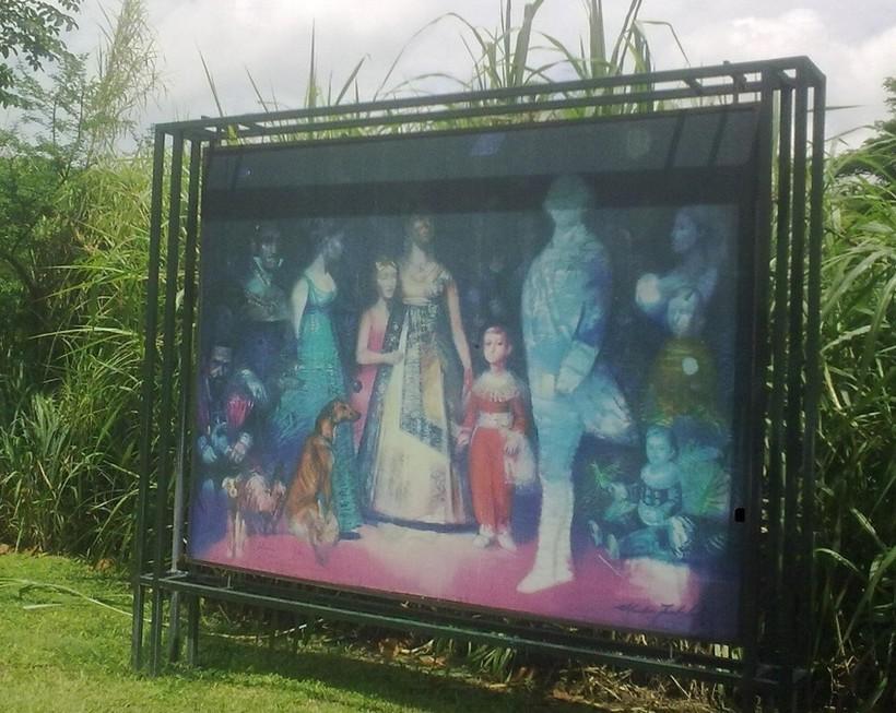 Фернандо Пенальвера с семьей. Картина в парке.