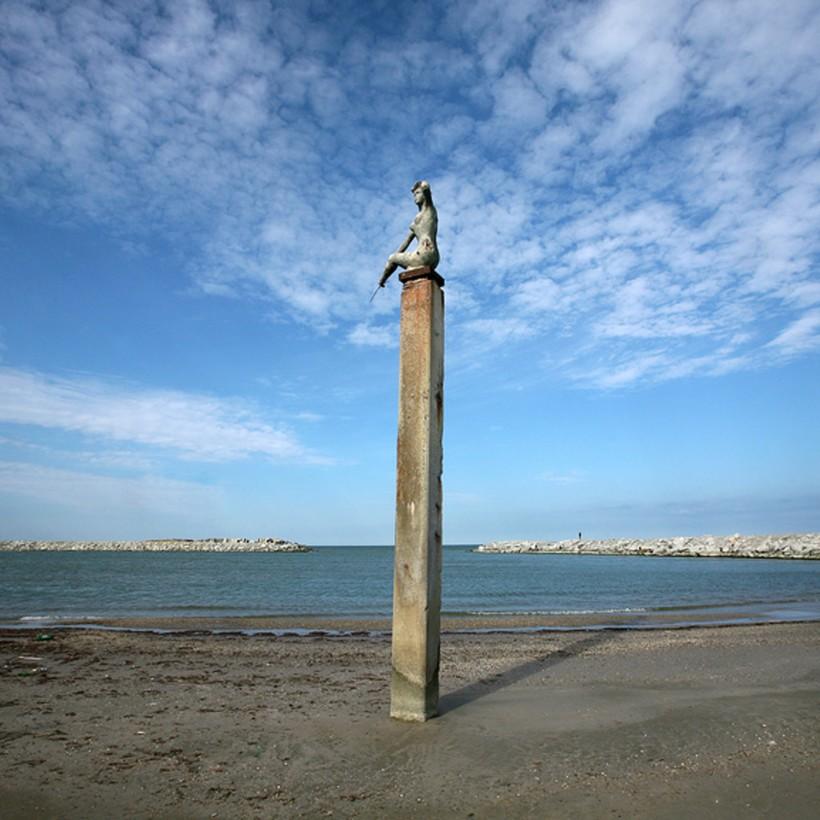 Махачкала: прогуливаюсь вблизи моря