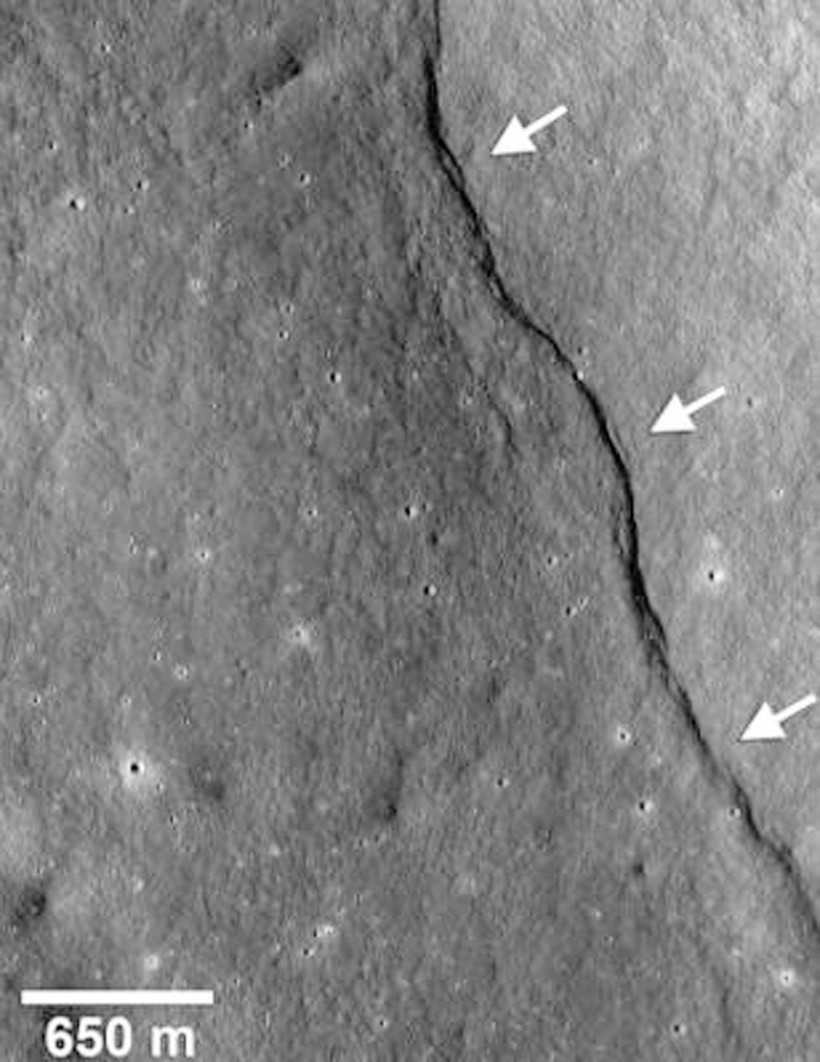 Бывают ли на Луне землетрясения