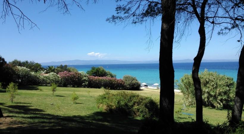 Территория Pallini beach