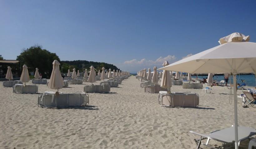 Пляж Pallini beach