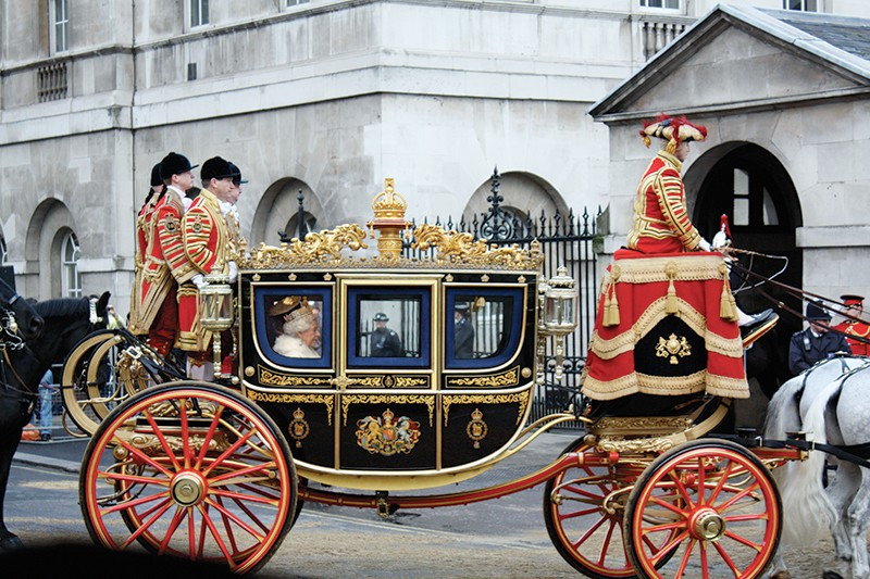 Карета напротив Букингемского дворца