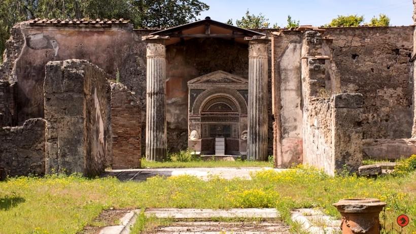 Видео: 9 знаменитых потерянных сокровищ и кладов