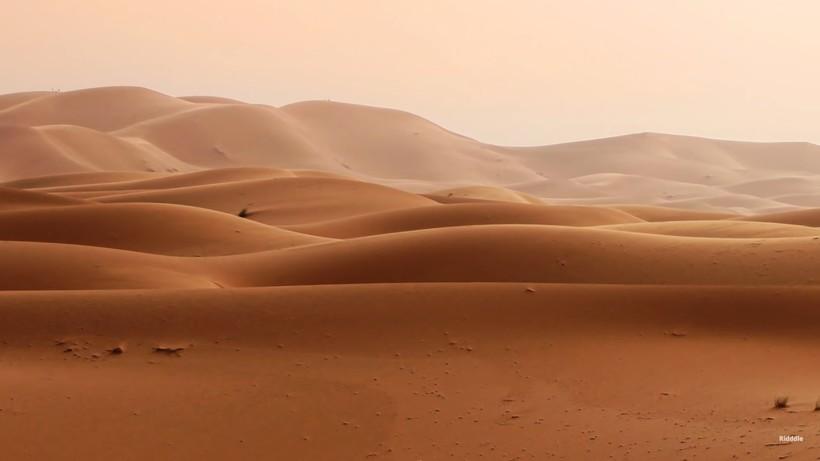 Видео: Что скрывается под песками Сахары