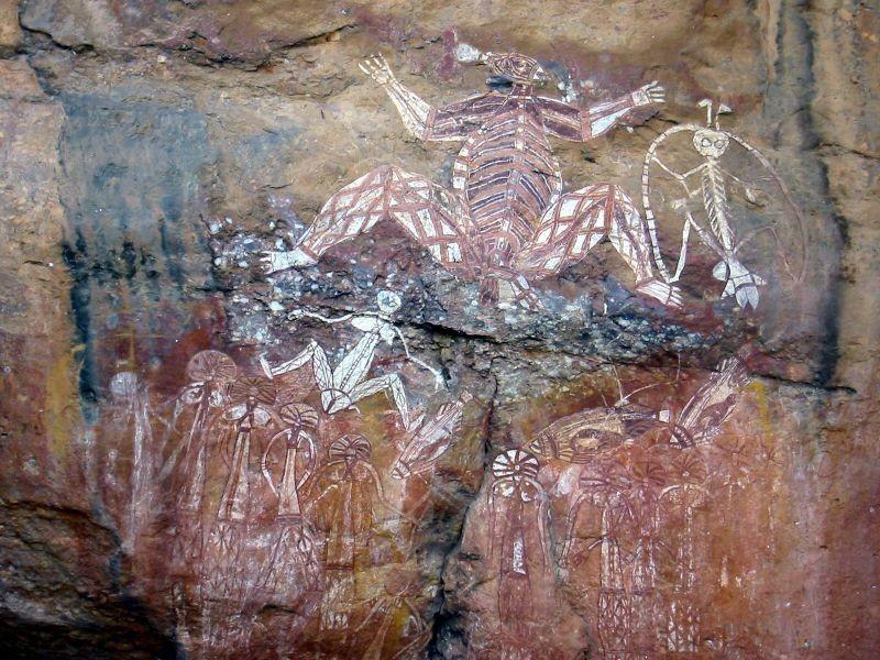Эти рисунки явно демонстрируют, что древние жители Австралии были знакомы с анатомией человека