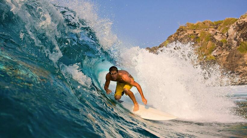 Серферам очень важно поймать волну