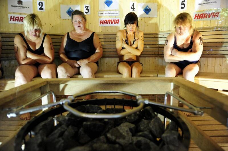Битва толстяков и испытание жарой: самые безбашенные турниры в мире