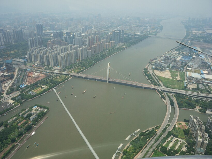 Река Чжуцзян в Китае