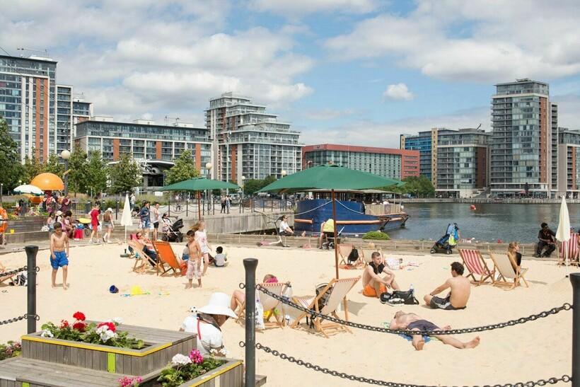 Пляж Urban London Beach