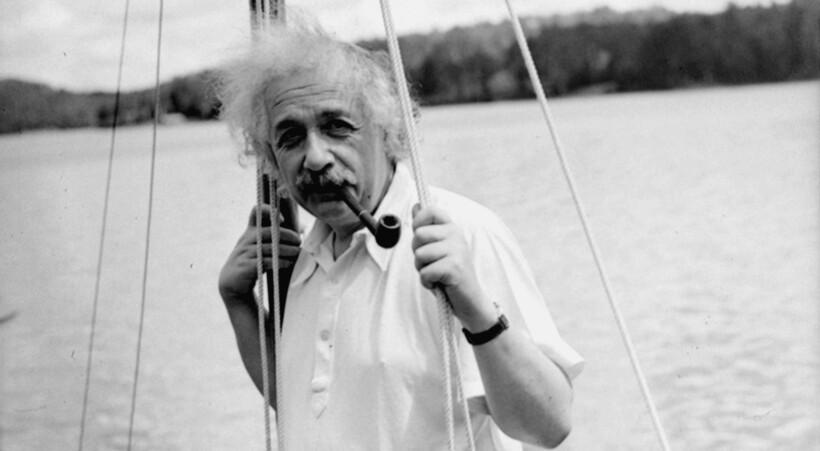 Эйнштейн на яхте