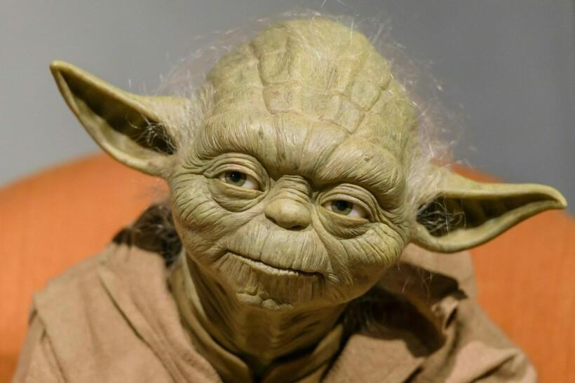 Вымышленный персонаж Йода из фильма «Звездные войны»