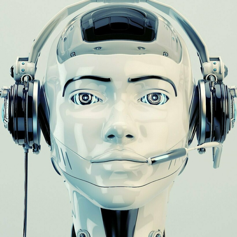 Отчасти в малой эмоциональности роботов виновата их слабая подвижность лицевых пластин