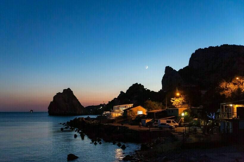 Гора Кошка, Панеа и Дива ночью
