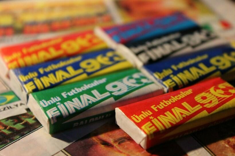 Что жевали дети 30 лет назад: 17 забытых жевательных резинок 1990-х