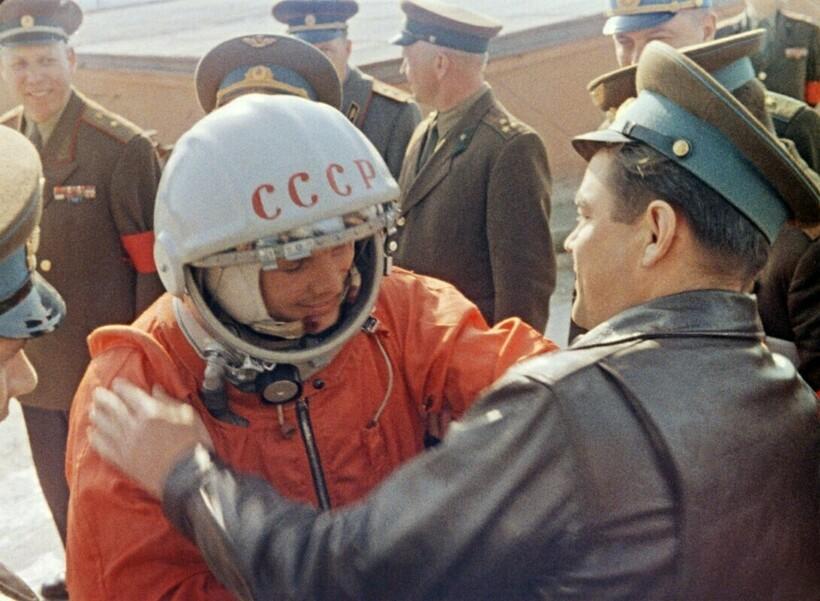 Гагарин перед стартом на «Байконуре»
