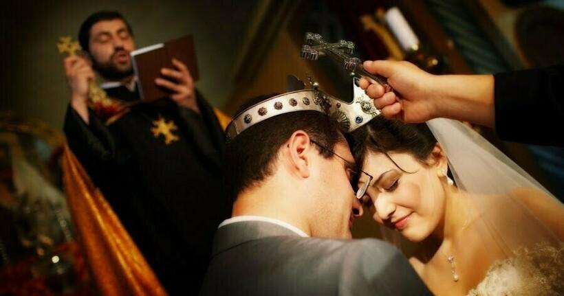 Традиционно брак в Армении не признается без церемонии венчания