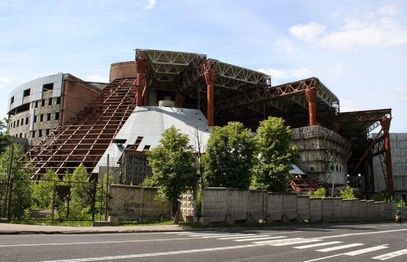 Незаурядная Москва: 6 заброшенных мест в стиле эффектного арт-пространства