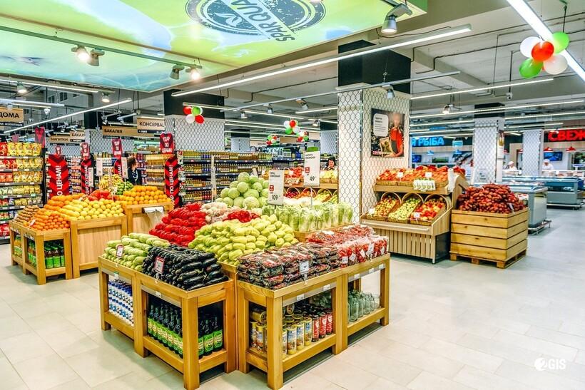 И в супермаркетах, как и в других общественных местах, тоже требуется создание условий для социальной дистанции